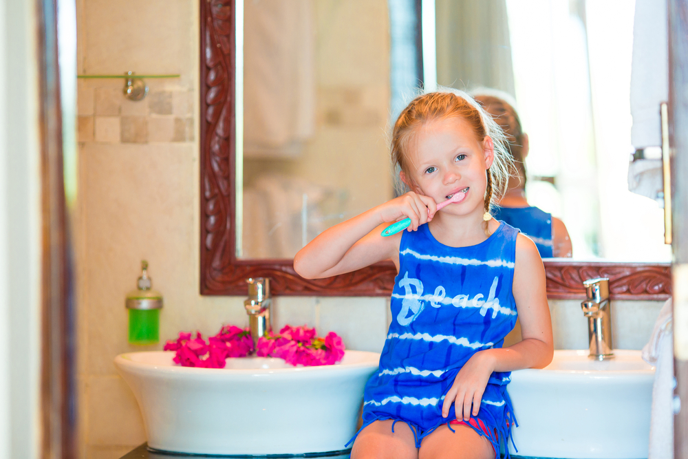 Гигиена кожи детей уход за волосами и ногтями thumbnail