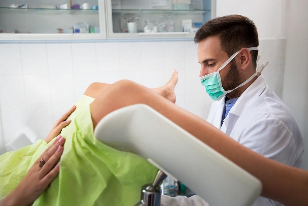 Секс девочки на приёме у гинеколога