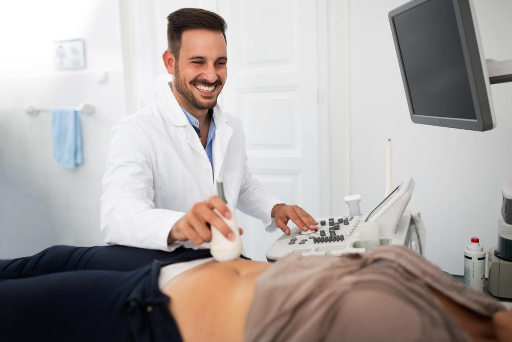 На приеме у гинеколога на кресле фото все