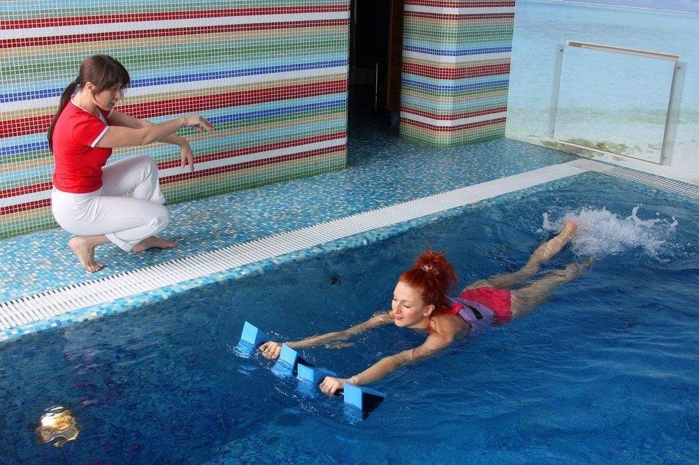 Можно ли беременным ходить в бассейн